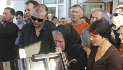Fanii își iau rămas bun de la Anatol Dumitraș!
