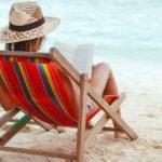 Foto: 4 cărți perfecte de citit pe plajă!