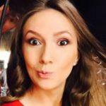 Foto: La două săptămâni de la naștere, Adela Popescu a revenit  la TV!