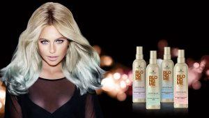 Foto: A apărut spray-ul care-ți poate schimba nuanța părului în câteva minute!