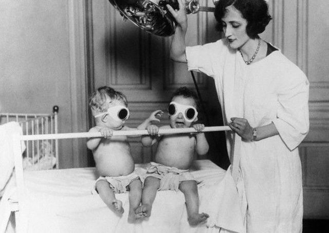kinda_creepy_medicalrelated_images_from_the_past_640_03_64483000