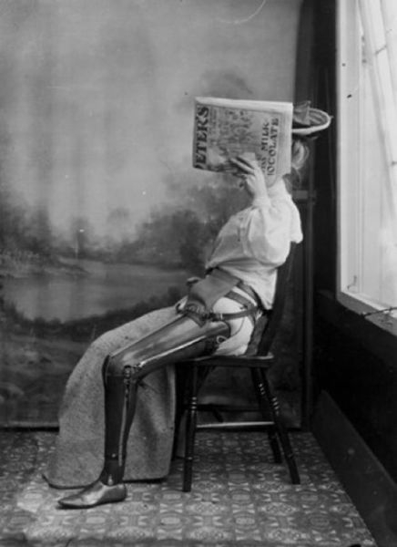 kinda_creepy_medicalrelated_images_from_the_past_640_08_00056700