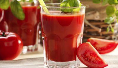 Ce se întâmplă în organism dacă bei zilnic un pahar de suc de roşii, timp de două luni