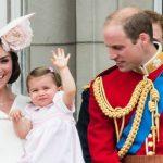Foto: Prinţesa Charlotte, prima apariţie la balconul regal! Vezi toate pozele
