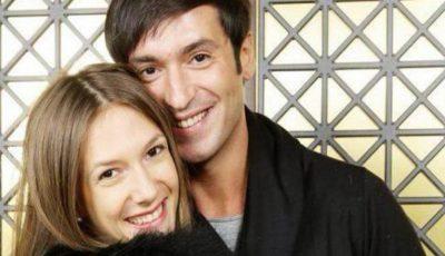 Adela Popescu şi fiul ei au fost externaţi! Iată ce nume i-au ales părinţii