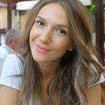 Foto: Adela Popescu se confruntă cu o problemă postnatală des întâlnită!
