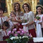 Foto: Tatiana Heghea şi-a creştinat fetiţa! Primele poze de la botezul Reginei-Raluca