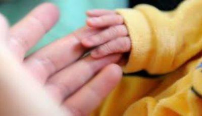 Șocant! Nou-născut mort în spital după ce medicii l-au tratat cu gaz ilariant, în loc de oxigen