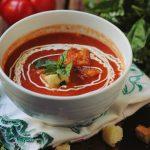 Foto: Supă de roşii coapte