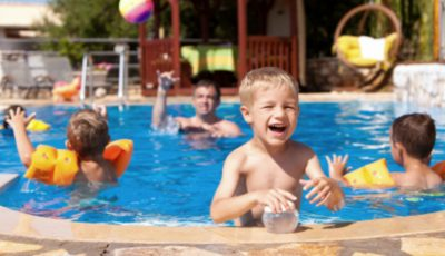 Medicii avertizează: numărul cazurilor de otită externă creşte în perioada sezonului estival!