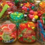 Foto: Ingredientele scârboase folosite la prepararea dulciurilor din comerţ!
