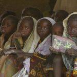 Foto: Situaţie alarmantă în Africa! În medie, 30 de fetiţe contractează SIDA la fiecare oră