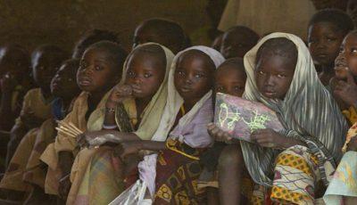 Situaţie alarmantă în Africa! În medie, 30 de fetiţe contractează SIDA la fiecare oră
