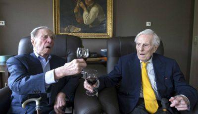 Cei mai în vârstă gemeni din lume au împlinit 103 ani!