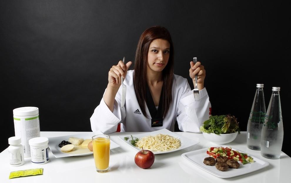Nur Tatar, Taekwondo, 1,500 de calorii zilnic