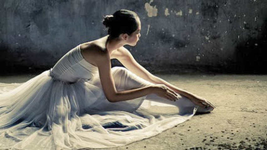 Foto: Ce fac balerinele pentru a fi mereu suple