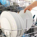 Foto: Mașina de spălat vase e dăunătoare!