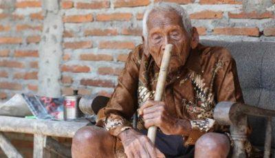 Cel mai în vârstă om din lume a fost descoperit în Indonezia! Vezi câţi ani are