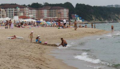 Alertă pe litoralul românesc. Iată ce bacterie rişti să iei dacă te scalzi în mare