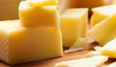 Antibiotice, amidon și substanțe cancerigene, depistate în brânzeturile din comerţ!