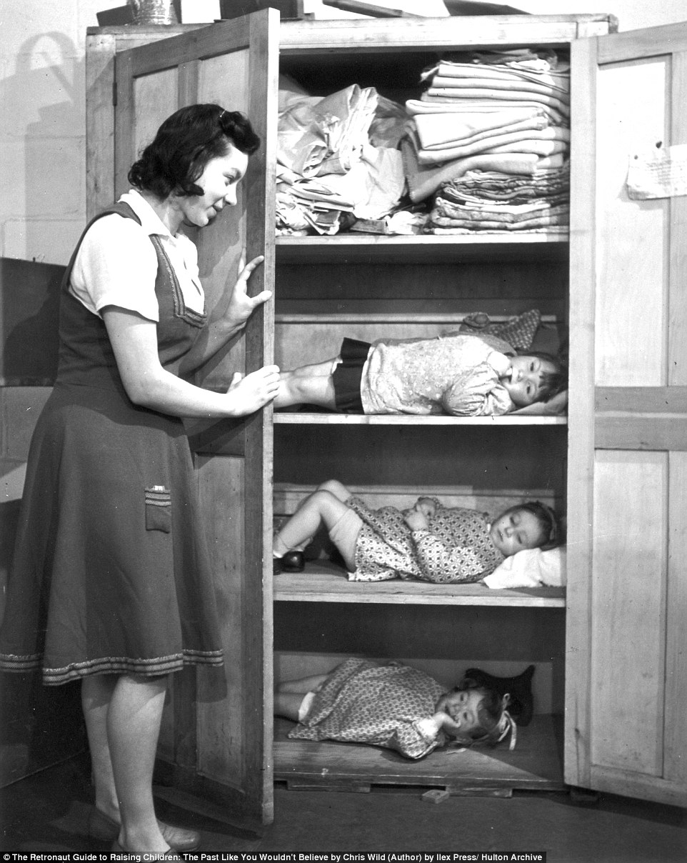 37ed01cb00000578-3775106-cupboard_love_sheltering_from_an_air_raid_in_london_during_the_b-a-31_1473114120526