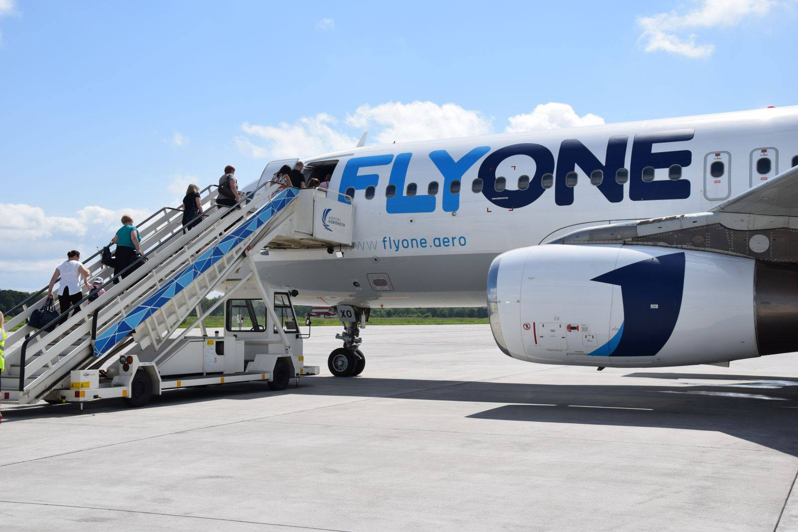 flyone_boarding