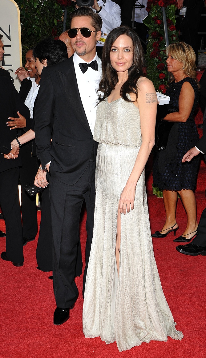 Brad Pitt and Angelina Jolie arriving at the 66th Golden Globe Awards ceremnony, held at the Beverly Hilton hotel in Los Angeles, CA, USA on January 11, 2009. Photo by Lionel Hahn/ABACAUSA.COM (Pictured : Brad Pitt, Angelina Jolie) 66th golden globe awards - arrivals - los angeles