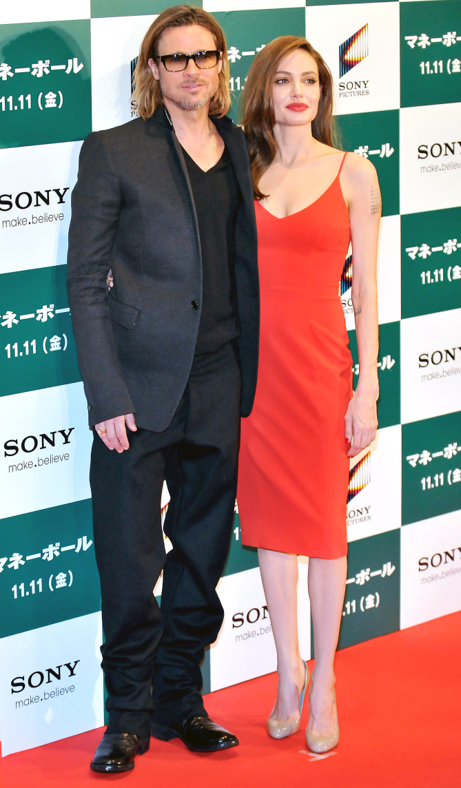 """Image #: 15920192    Actor Brad Pitt(L) and actress Angelina Jolie attend the Japan premiere for the film """"Moneyball"""" in Tokyo, Japan, on Nobemver 9, 2011.    UPI/Keizo Mori /LANDOV movie premiere"""