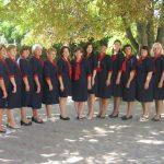 Foto: Profesorii unui liceu din Moldova poartă uniforme