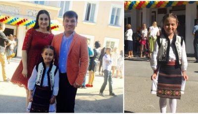 Corina Țepeș și Costi Burlacu au fată mare. Smaranda a mers în clasa întâi