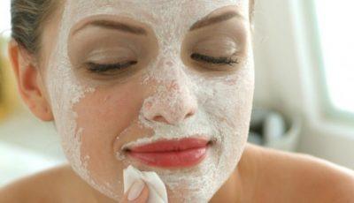 Masca cu aspirină poate face minuni pe fața ta!