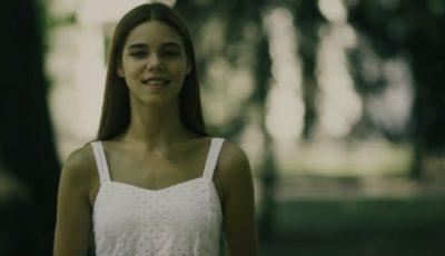 """Tânăra care  ne va reprezenta țara la """"Miss Earth"""" vorbește despre gunoiștile din Capitală în video-ul de promovare"""
