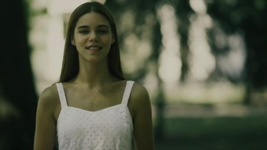 """Foto: Tânăra care  ne va reprezenta țara la """"Miss Earth"""" vorbește despre gunoiștile din Capitală în video-ul de promovare"""