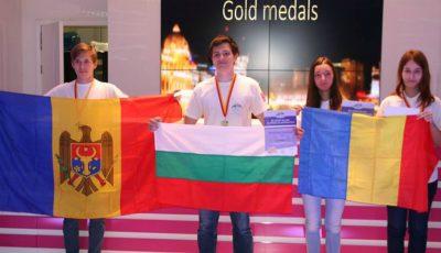 Demni de înaltă apreciere! Elevii moldoveni au obţinut medalia de aur la Olimpiada Balcanică de Informatică