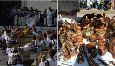 Cum sărbătoresc moldovenii Ziua Naţională a Vinului! Poze din PMAN