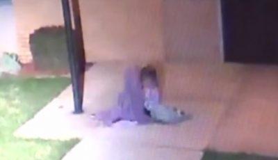 Cumplit! Un părinte şi-a scos copilul de 5 ani în stradă, lăsându-l în frig, cu doar o pătură