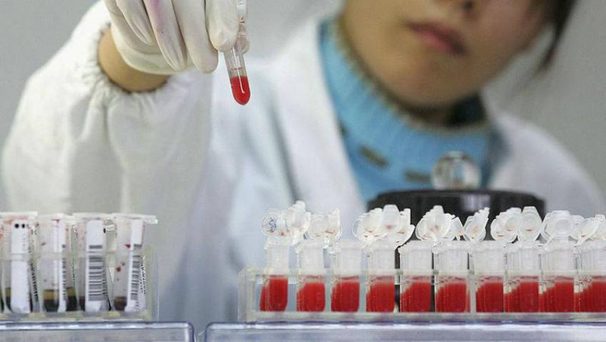 Foto: Premieră medicală! Un pacient din Marea Britanie a fost vindecat complet de HIV