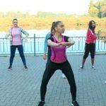 Foto: Reporteriţele de la Deşteptarea au făcut mişcare în aer liber cu instructorul Unica Sport!