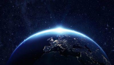 NASA: În luna noiembrie, Pământul va fi în beznă timp de 15 zile
