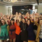 """Foto: Andreea Marin a ridicat publicul în picioare la """"Women's Summit Moldova"""""""