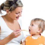 Foto: Regulile de introducere a alimentelor complementare în regimul bebelușului