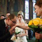 Foto: Ce îndatoriri și cheltuieli ai când ești nașă la nuntă