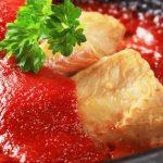 Foto: Pește alb cu sos de roșii