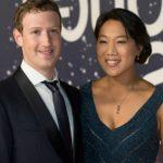 Foto: Mark Zuckerberg, fondatorul Facebook, şi-a arătat fetiţa de aproape un an!