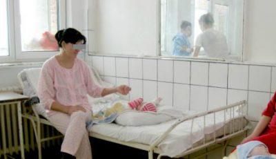 Mai puţine internări ale mamelor cu copii, doar cazurile grave vor fi spitalizate! Vezi ce alte reforme şi-a pus în gând Ministerul Sănătăţii