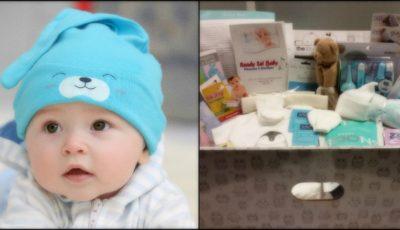 Cadou pentru bebeluşi la naştere. Nou-născuţii primesc un set de obiecte necesare