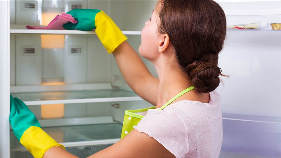 woman-cleaning-refrigerator-stock-today-160927-tease_f4efe61e9d44d8a213b9b1083530a093-today-inline-vid-featured-desktop