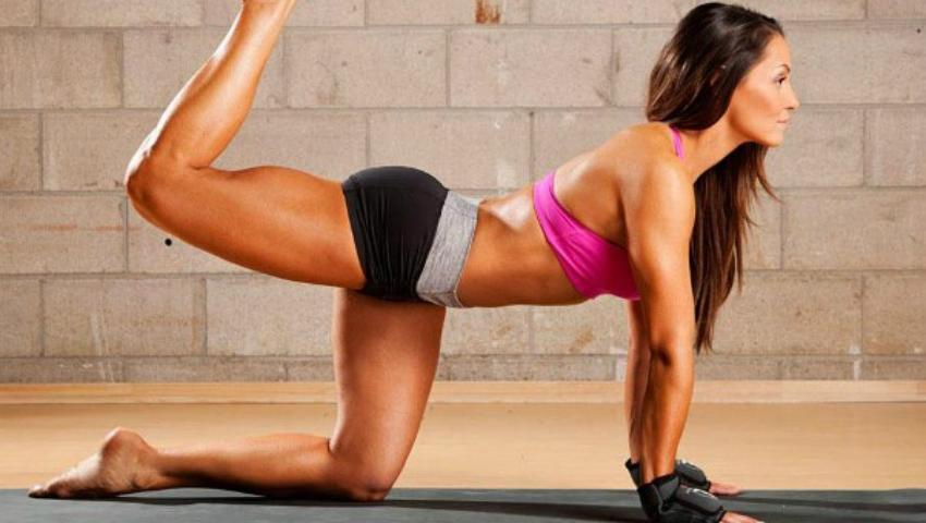 Foto: Exerciții pentru picioare sexy și tonifiate