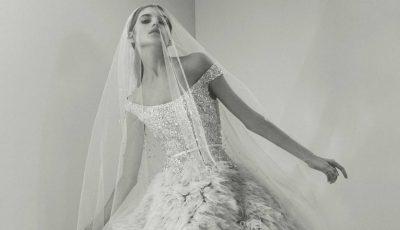 Combinaţia blană-dantelă fină în colecţia de nuntă de la Elie Saab