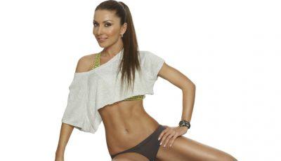 Aceste exerciții întăresc mușchii abdominali și cei ai brațelor!